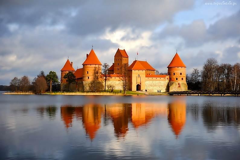 Poznajemy Litwę – Troki, Wilno, Kowno – wycieczka 3 dniowa