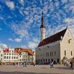 Plac Ratuszowy w Tallinnie