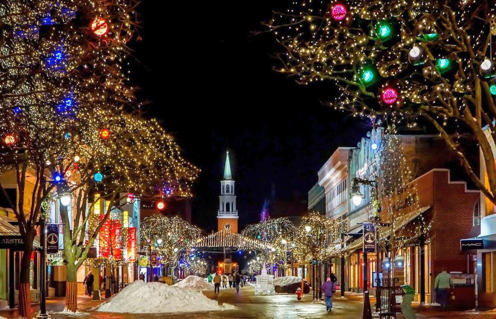 Życzenia zokazji Świąt Bożego Narodzenia iNowego 2021 Roku